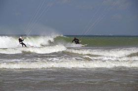 Surf kite à Merville Franceville